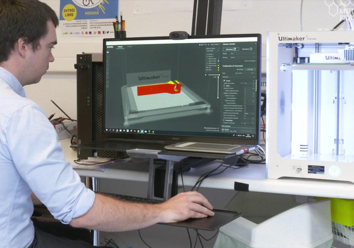 Au Rehab-Lab, le patient crée son aide technique en 3D
