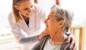 La santé connectée plébiscitée pour le maintien à domicile des seniors